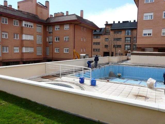 Reparaci n de piscinas comunitarias rehabilitaci n de for Reparacion de piscinas